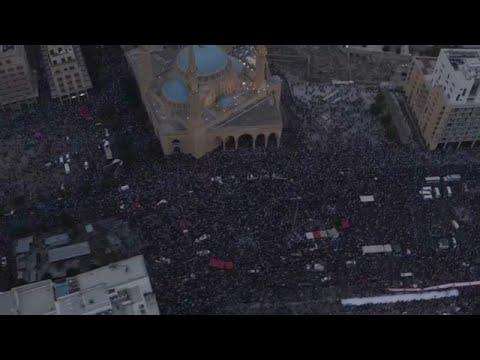 فيديو مصوَّر من الجو لحجم المظاهرة التي احتلت وسط بيروت الأحد  …  - نشر قبل 3 ساعة