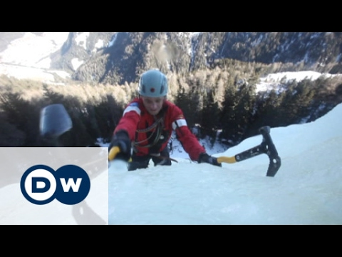Ice climbing in the Dolomites | Euromaxx