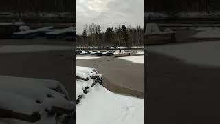Атомный ледокол на реке Первый лед Расчищаем путь для рыбаков Рыбинское водохранилище