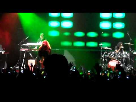 Rita Ora - Radioactive + Facemelt , Live At The Enmore Theatre Sydney 1st March 2013