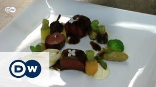 لحم حيوان الرنة مع صلصة عرق السوس | يوروماكس