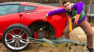 Crocodile ATTACKED Wheels Car VS Mr. Joe on Corvette without Wheels in Tire Service for Kids
