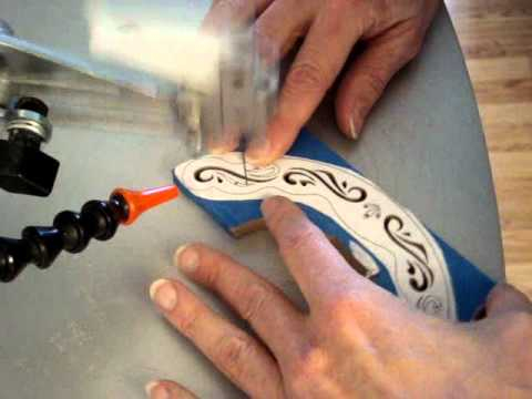 """Test Cutting on the Excalibur 21"""" Scroll Saw.wmv"""