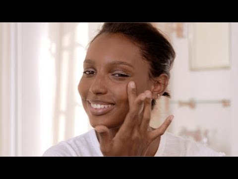 The 5-Minute Face with Jasmine Tookes by Bobbi Brown Cosmetics