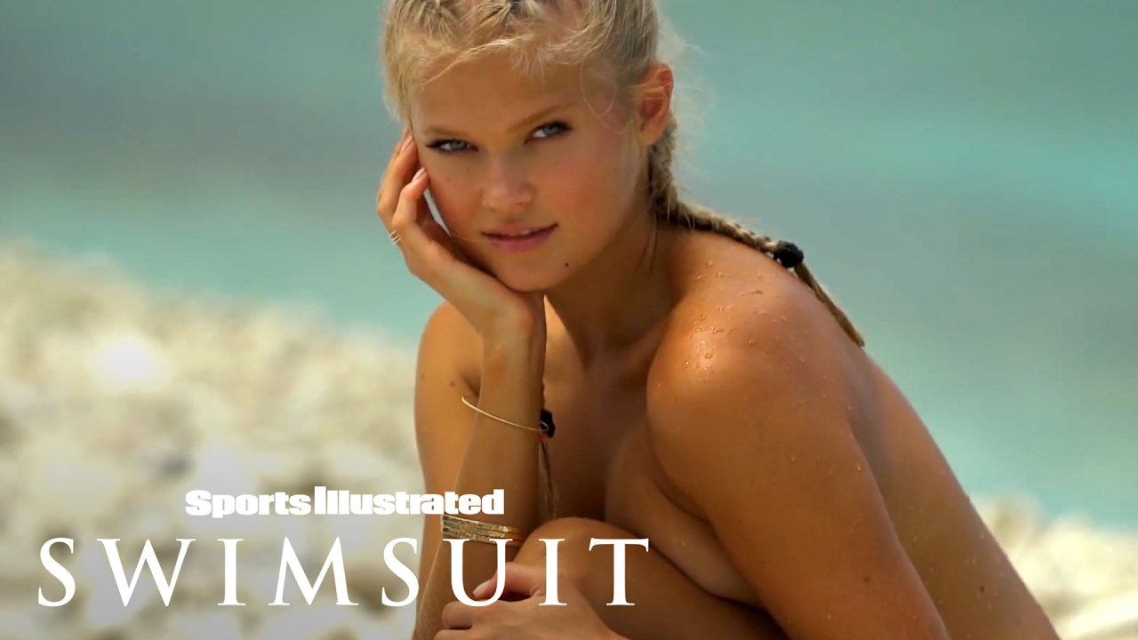 Vita Sidorkina macht sich fertig zum Tauchen für Sports Illustrated SwimsuitIntimates