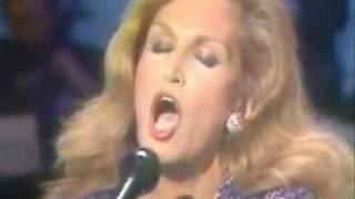Dalida - il pleut sur Bruxelles (live sterio1981)