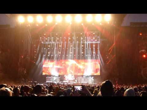 Black Sabbath - War Pigs [Download Festival 2016] (Live)