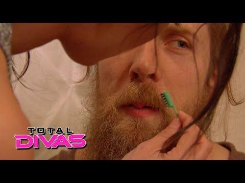 Brie Bella tries to lighten Daniel Bryan\'s beard: Total Divas, May 25, 2014