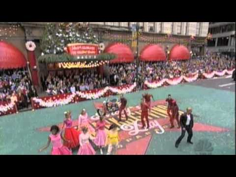 "Cheyenne Jackson, Jenn Gambatese -""Love Me Tender_Burnin' Love"" At Macy's Thanksgiving Day Parade"