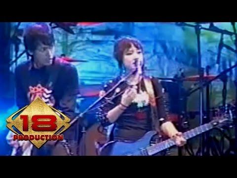 Free Download Garasi - Bukan  (live Konser Serang 28 Oktober 2006) Mp3 dan Mp4