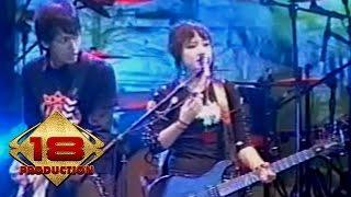Garasi - Bukan  (Live Konser Serang 28 Oktober 2006)