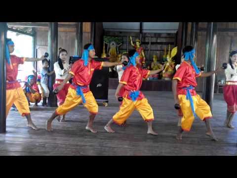 Múa gáo dừa, múa dân gian của người Khơ me Nam bộ