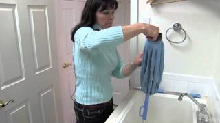 Super Absorbent Microfiber Twist Mop - The cleaning power of Microfiber with hands-free wringing