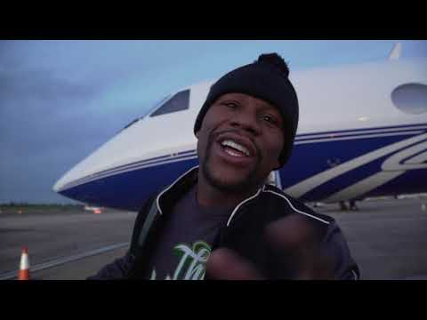 Floyd Mayweather's INSANE private jet LANDS in the UK.