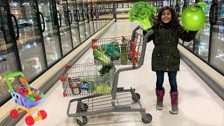 Deema Pretend Play Shopping for only Green Healthy food!!