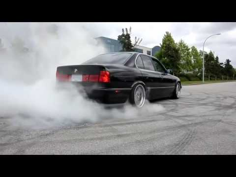 BMW 335i e92 on style 95 19inch wheels Performance exhaust sound .