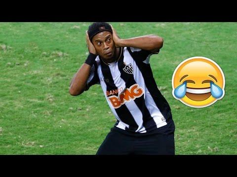 Подборка смешных моментов в футболе смотреть онлайн видео