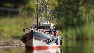 Modélisme naval : chalutiers, bateaux de vitesse, voiliers, sous-marins, tout y est !