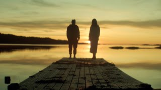 Смотреть клип Monoir Ft. Ameline - Midnight In Norway