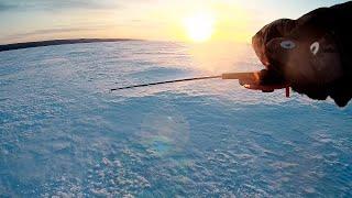 Ловля окуня в глухозимье Зимняя рыбалка в мороз Рыболовные рассказы