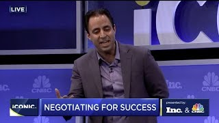 The Best Way t๐ Win a Negotiation, According to a Harvard Business Professor | Inc.