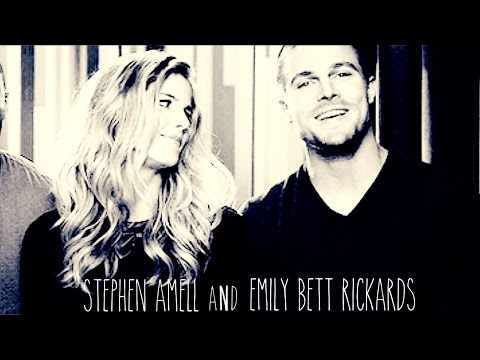 Stephen Amell and Emily Bett Rickards    Love Love Love [+3K]