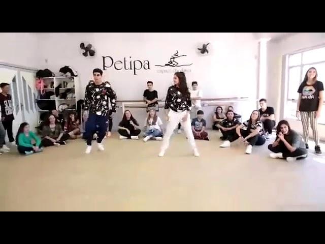 اجمل وأروع رقص شاب يرقص مع بنت على أغنية BUM BUM T TUM