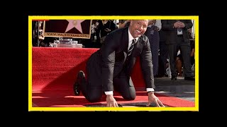 Dwayne johnson inaugure son étoile sur the walk of fame