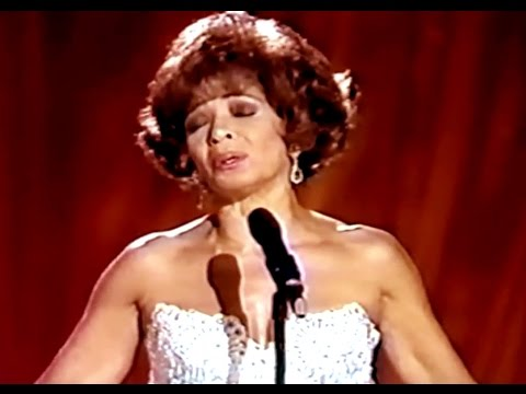 Shirley Bassey - CRAZY (A Willie Nelson Song)  (1995 Recording)