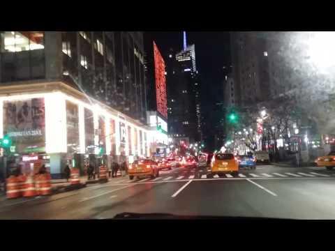 Driving - Manhattan by night 1