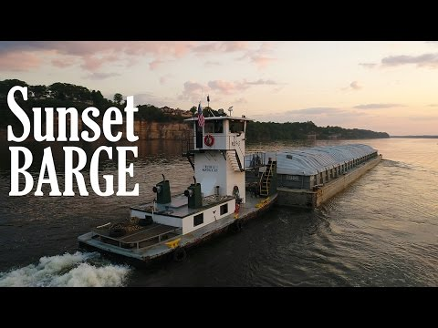 Ken Heron – Drone a BARGE at Sunset and FREE DRONES [4K]