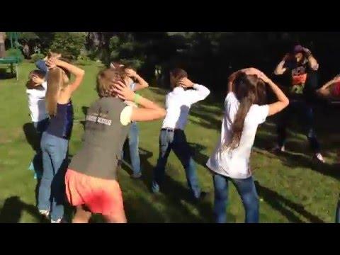 Танцевальный флешмоб с детьми