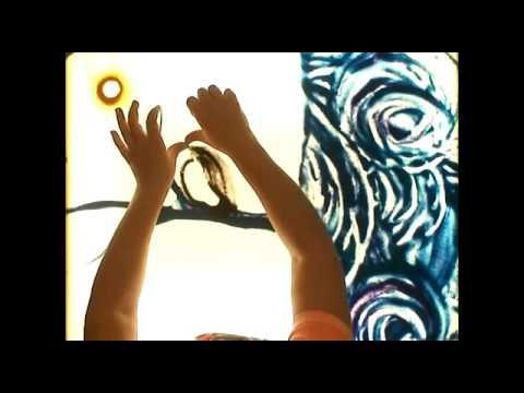 Спектакль «Масленица: встреча весны» в студии рисования песком...