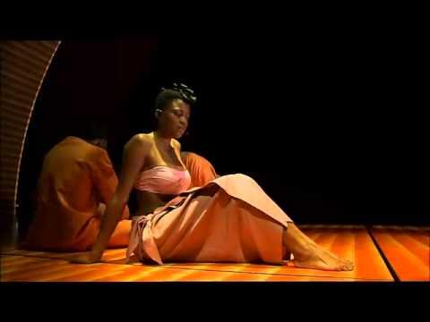 Comédie Musicale Kirikou et Karaba   Partie 1   Mo