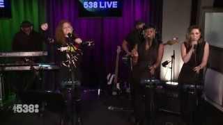 Jess Glynne - Hold My Hand (Live @ Frank en Middag Show)
