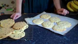 (。◕‿◕。) Chocolate Chip Cookies Recipe - Sophie Mayking Cakes