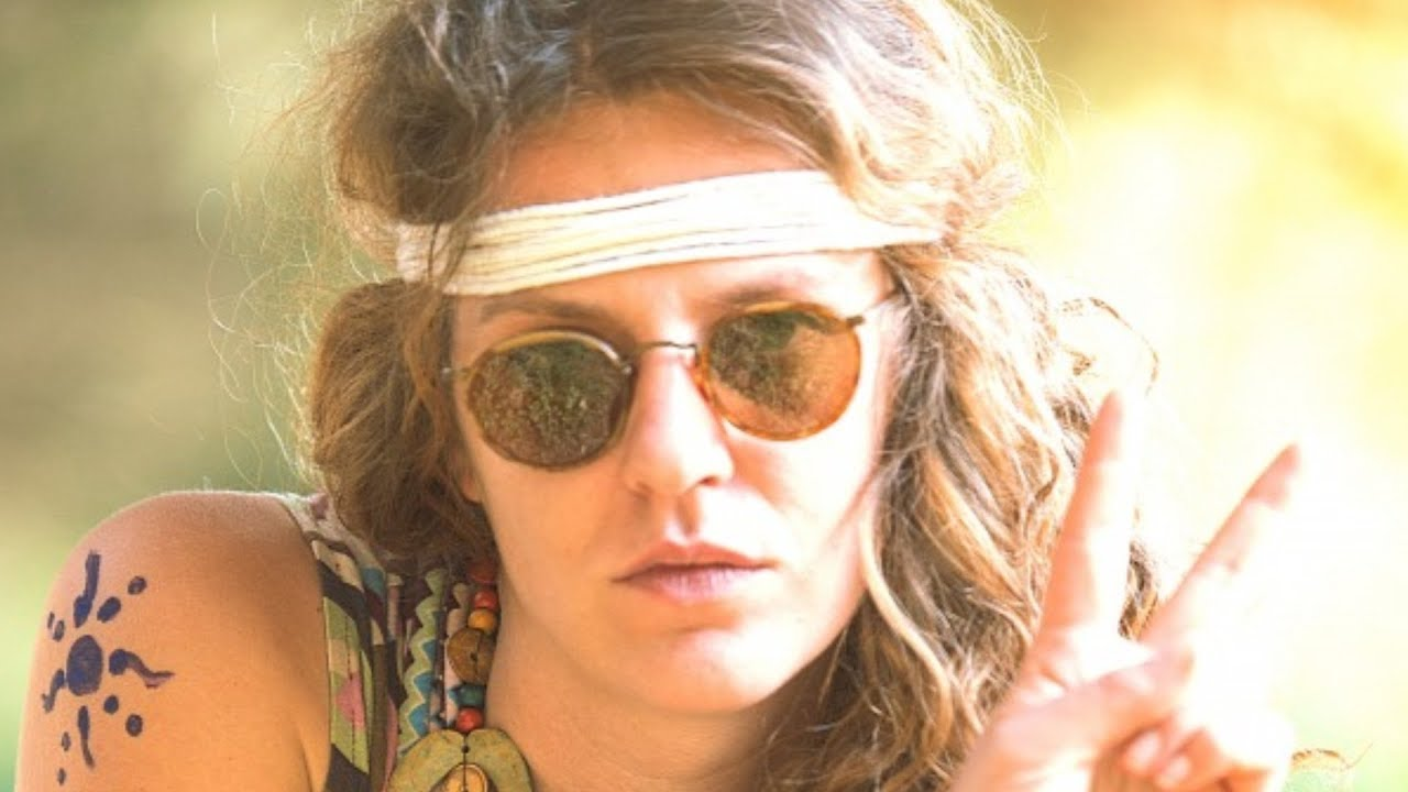 Download Seriously Messed Up Things That Went Down At Woodstock