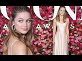 Melissa Benoist looks flawless in nude satin gown at 72nd Tony Awards