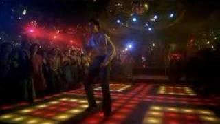 John Travolta bailando