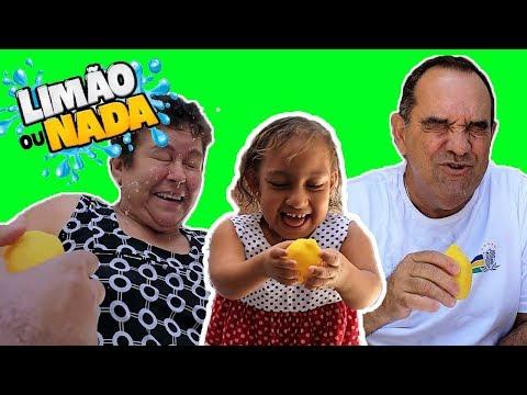 Maria Clara brincando de Desafio Limão ou Nada - Família MC Divertida