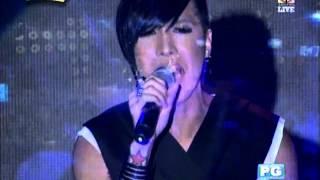 Vice Ganda sings