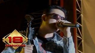 Download lagu Five Minutes - Sumpah Mati (Live Konser Bandung 1 Februari 2014)