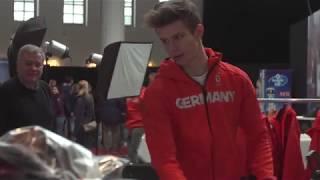 Die deutschen Skispringer und die Bobmannschaft bei der Einkleidung für PyeongChang