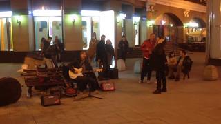 Уличный музыкант, Арбат, Scorpions (Wind Of Change)