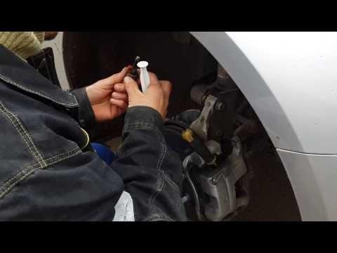 Устранение стука на направляющих супортах Chevrolet Cruze