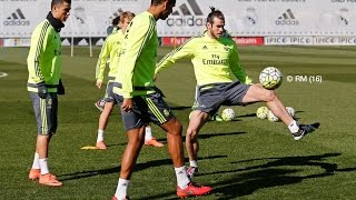 Video Gareth Bale scores great goal on return to training download MP3, 3GP, MP4, WEBM, AVI, FLV Desember 2017