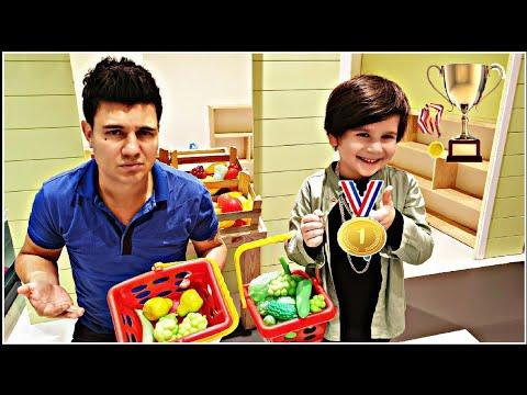 Eymen Ve Babası  Madalya Yarışı Yaptılar Yarışı Kazan Altın Madalyayı Kap. Çocuk Videosu
