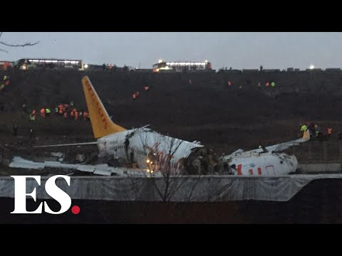 Turkey plane crash: Plane skids off runway at Istanbul airport leaving one dead and 157 injured