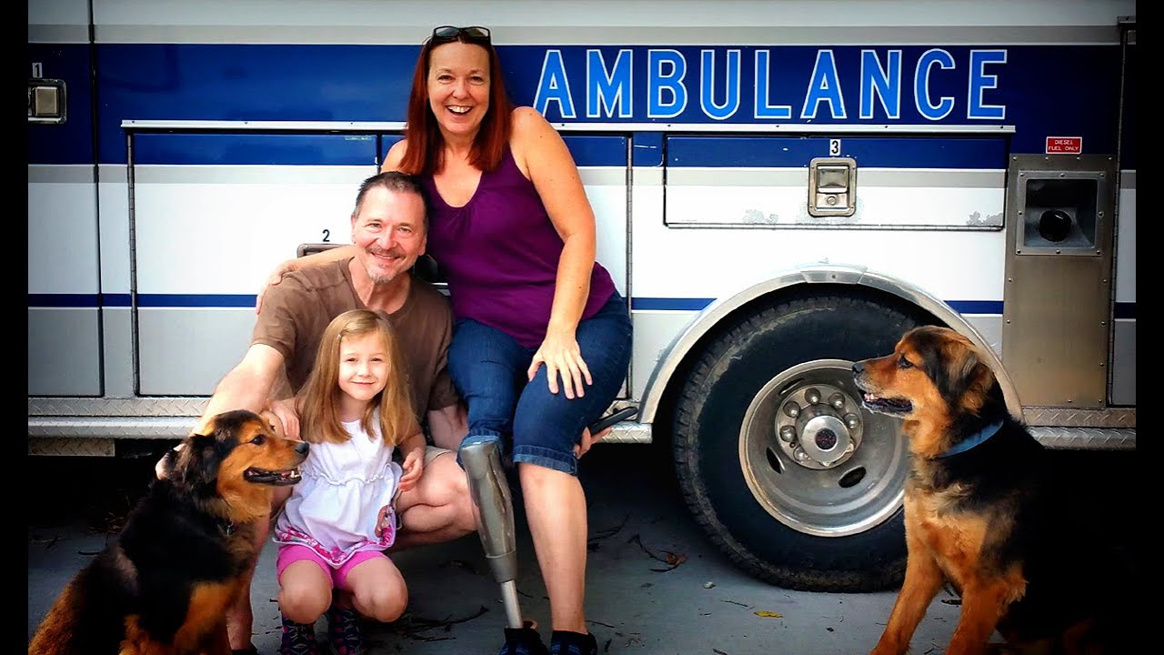 how to get into paramedic school