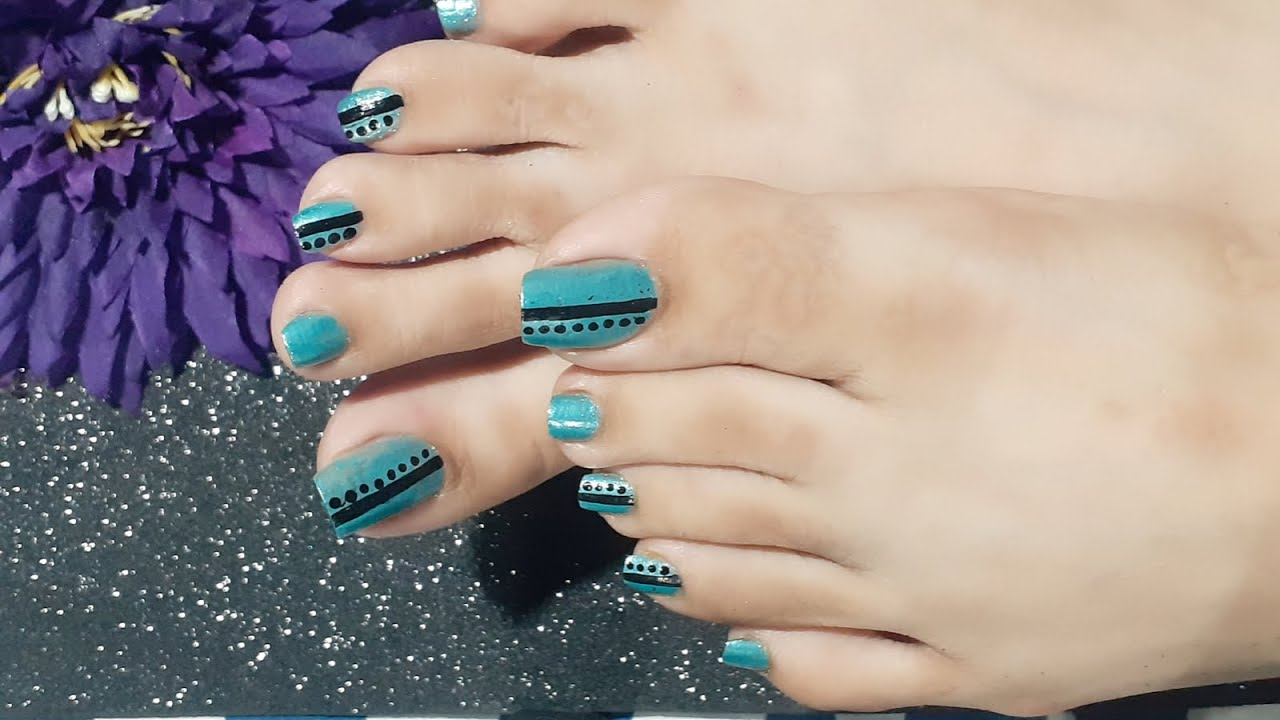 Blue And Black Pedicure Nail Art At Home Easy And Simple Toe Nail Art Design On Long Toenails Feet Youtube
